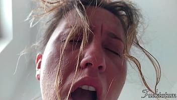 Katya larina пососала хуй и потрахалась в глубокий горловой жопа ради высокооплачиваемого куража