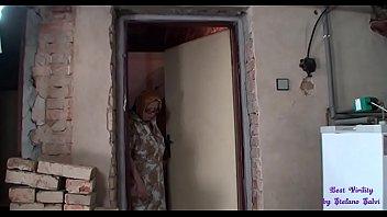 Девушка захотела порева в позе раком скрытая камера