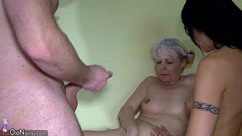 Маргарет (margareth) порется и сосёт у родненького мужчины